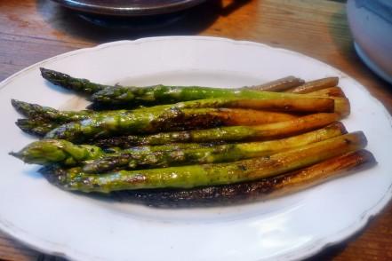 Quinoarisotto mit Pilzen--grüner Spargel-Salat-29.5.2014 (7)