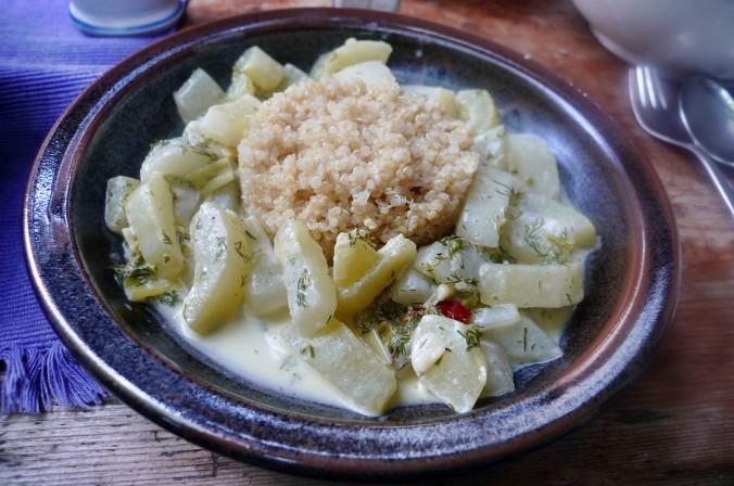 Gurkengemüse -Quinoa