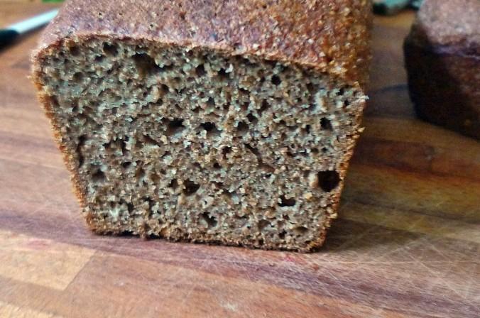 Weizenvollkornbrot mit Sauerteig-28.7.14   (5a)
