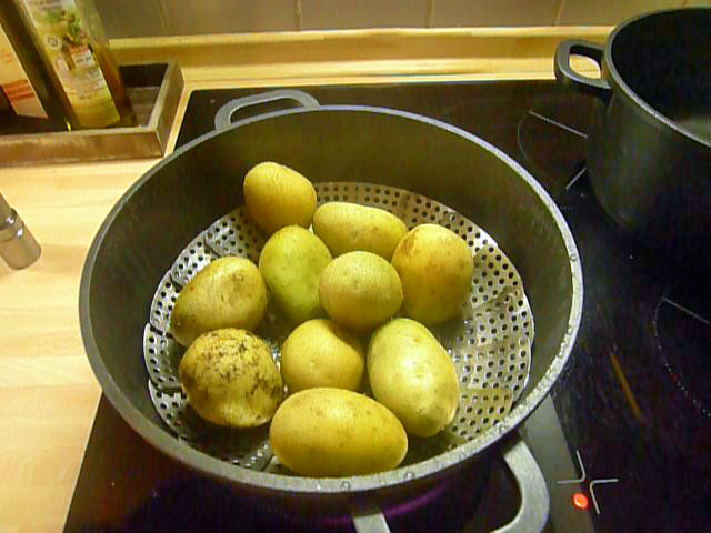 Gnocchi mit Tomatensoße-31.8.14   (1)