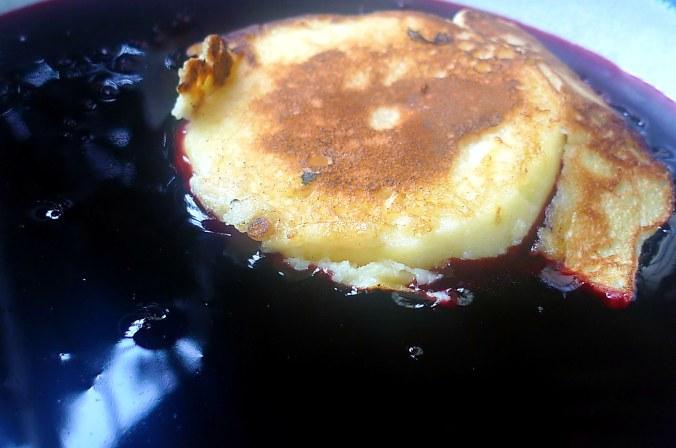 Hollundersuppe,Apfelpfannkuchen - 10.9.14   (16)