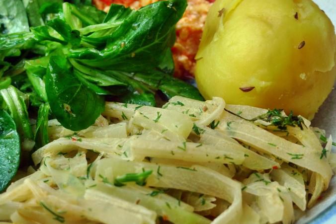 Kohlrabigemüse-Rührei-Salat-Kartoffeln-30.9.14   (18)