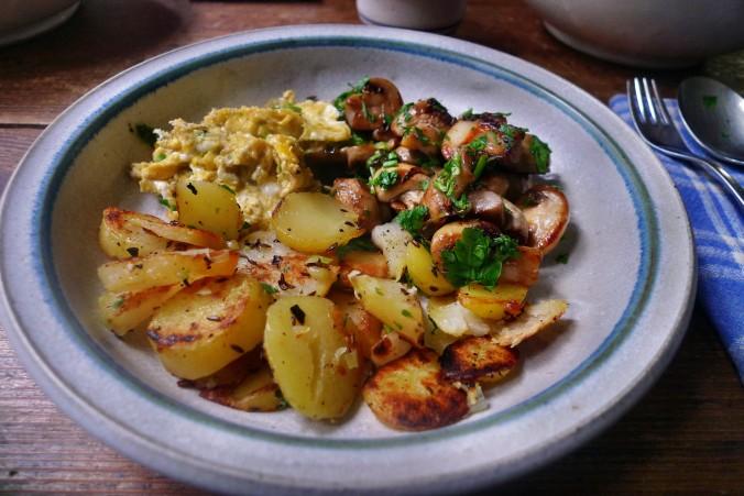 Bratkartoffel,Champignon,Rührei - 30.10.14   (10)