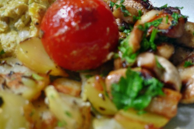 Bratkartoffel,Champignon,Rührei - 30.10.14   (12)