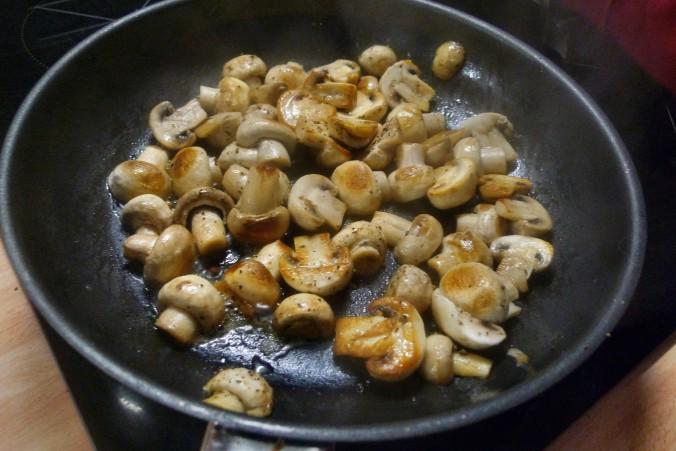 Bratkartoffel,Champignon,Rührei - 30.10.14   (2)