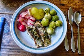 Seelachs,Salate,Kartoffeln -29.10.14   (10)