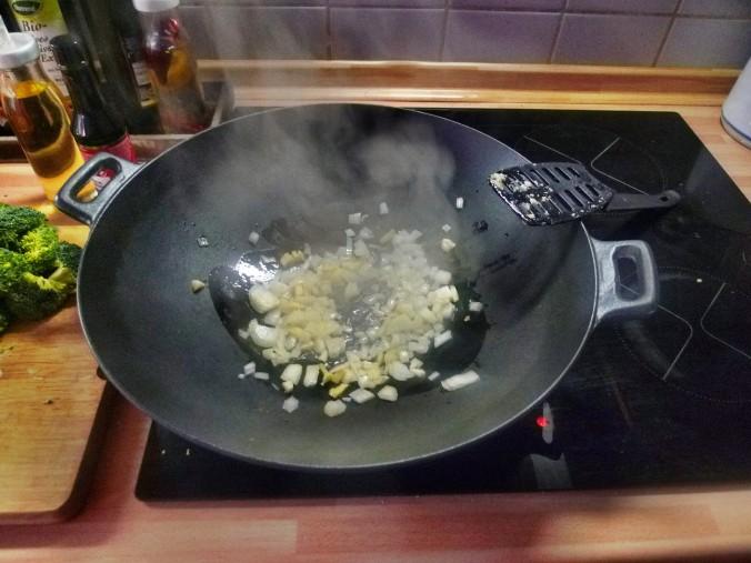 Wokgemüse mit Omlette - 23.11.14   (20)