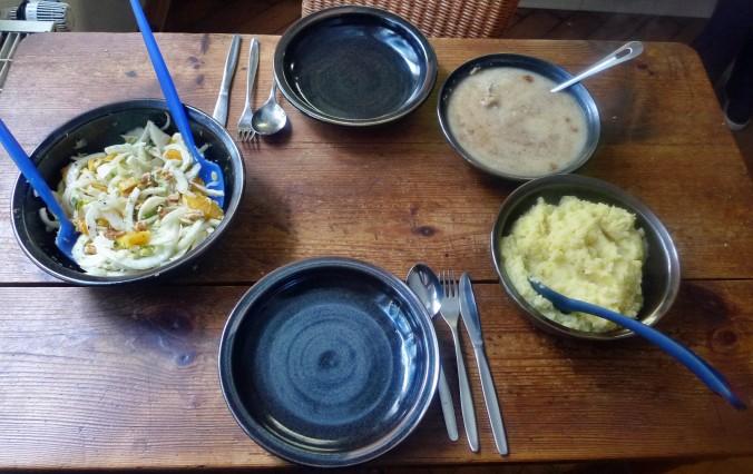 Meerrettichsauce,Beinscheibe,Kartoffelbrei,Fenchelsalat - 3.2.15   (8)