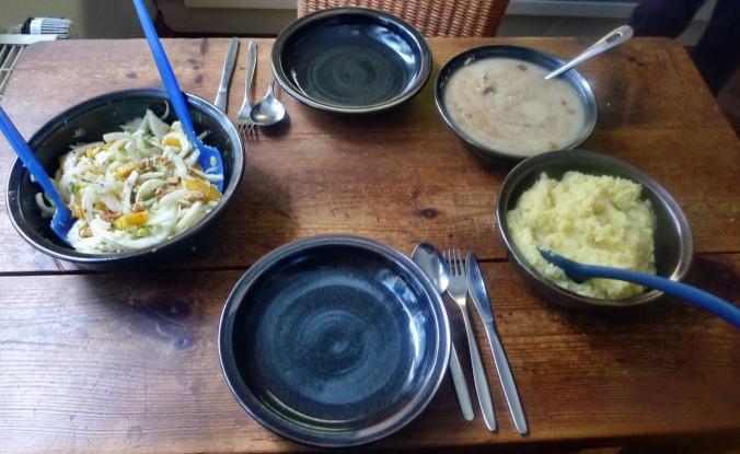 Meerrettichsauce,Beinscheibe,Kartoffelbrei,Fenchelsalat - 3.2.15   (9)