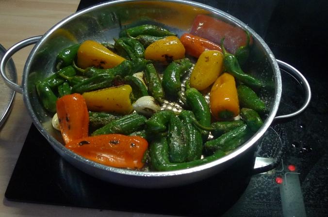 Pimientos(Bratpaprika)Tomaten,Linguini -7.1.15  (6)