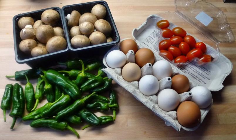 Champignon mit Ei,Pimientos,Gemüsereis-14.3.15   (2)