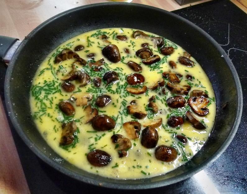 Champignon mit Ei,Pimientos,Gemüsereis-14.3.15   (8)