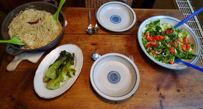 Nudeln mit Gorgonzola,Pak Choy,Salat, - 1.3.2015   (12)