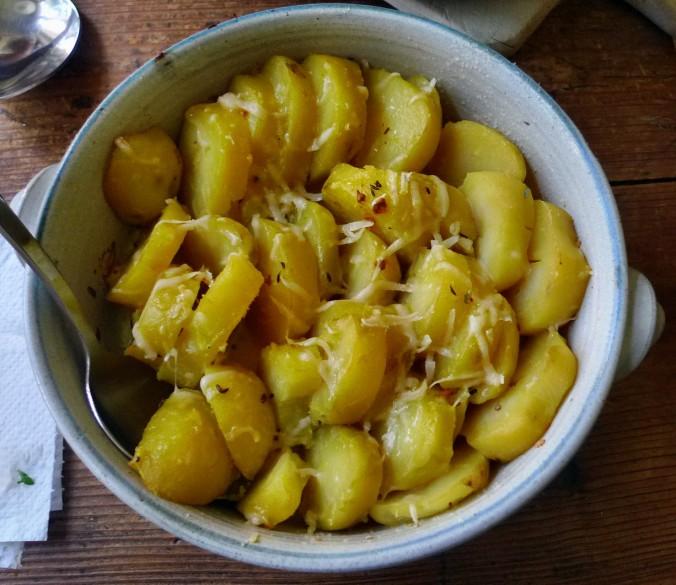 Chicoree,Salat mit Vorelmiere,Kartoffelgratin -9.4.15   (11)