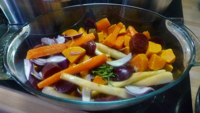 Ofengebackenes Würzelgemüse,Hummus,Guacamole -5.4.15   (7)