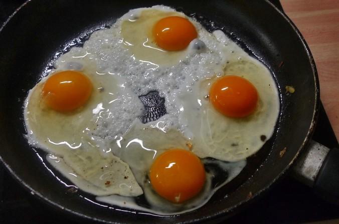 Bratkartoffel,Salat,Spiegelei,Dip,Zucchini - 13.5.15   (12)
