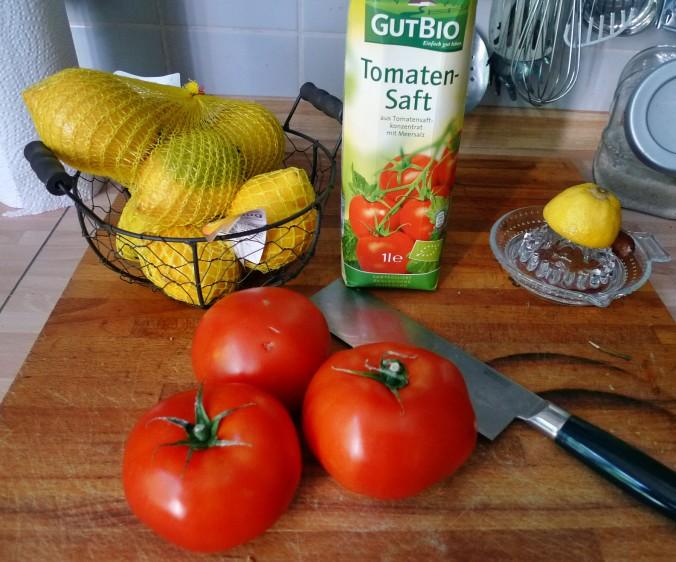 Fefüllte Tomaten,Couscous - 22.5.15   (1)