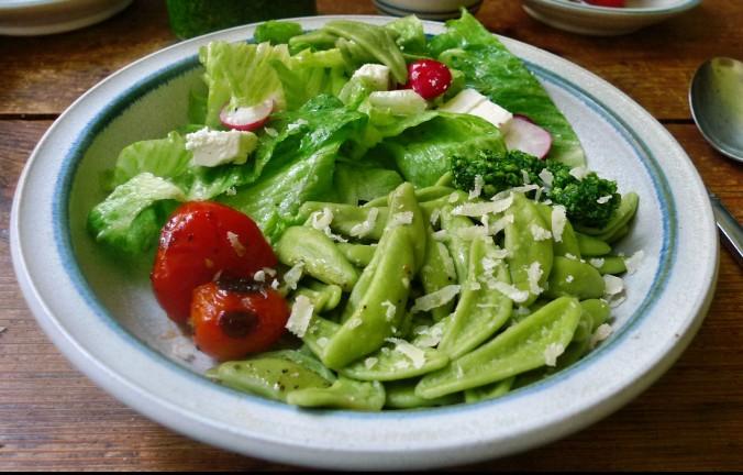 Grüne Nudeln,Bärlauchpesto,Salat -2.5.15   (6)