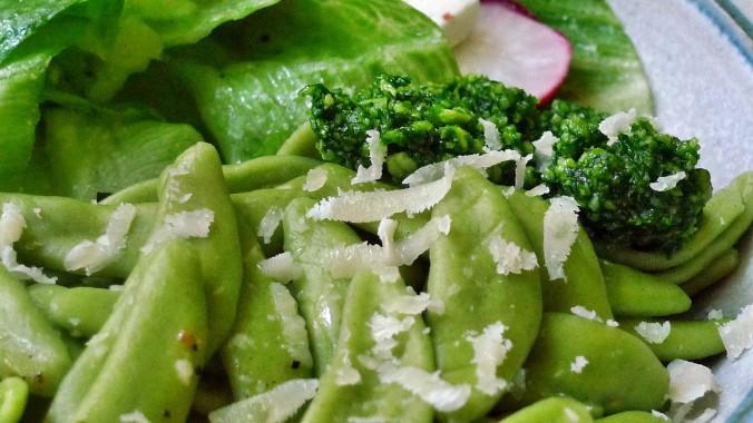 Grüne Nudeln,Bärlauchpesto,Salat -2.5.15   (8)