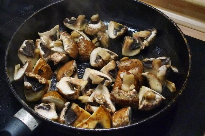 Rosmarinkartoffel,Pilze - 28.5.15   (3)
