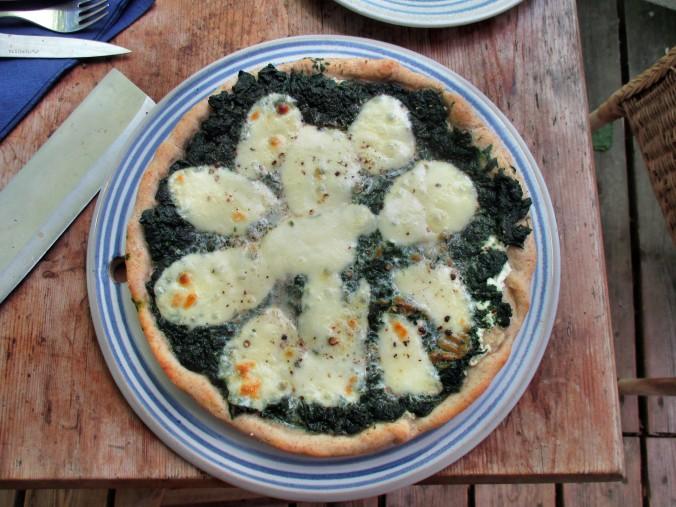 Spinatpizza -29.6.15 (18)