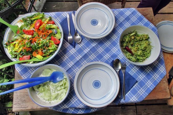 Zucchinispagetthi,Salate-30.6.15   (9)