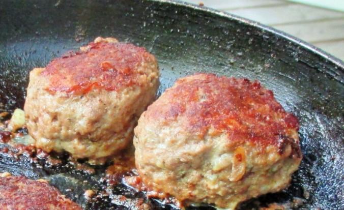 Frikadellen,Kartoffeln,Tomatensalat - 24.7.15   (15)