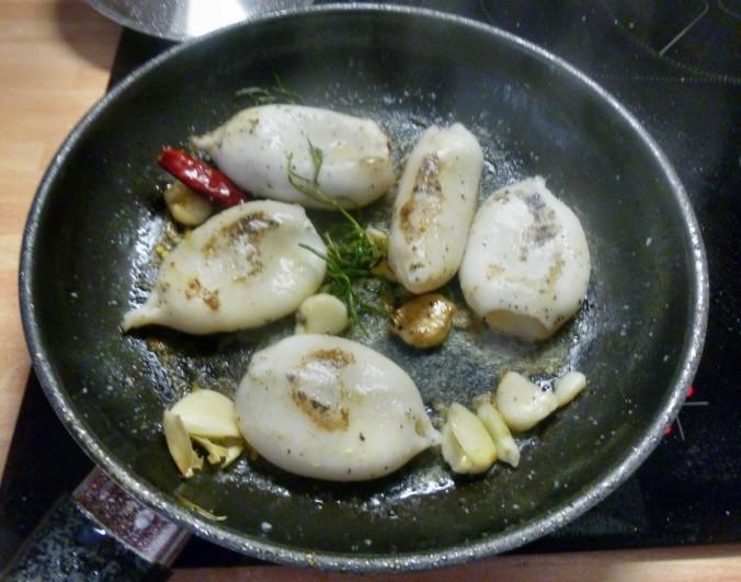 Tintenfisch Tuben,Reis,Tomatensalat,Melone -18.7.15   (4)
