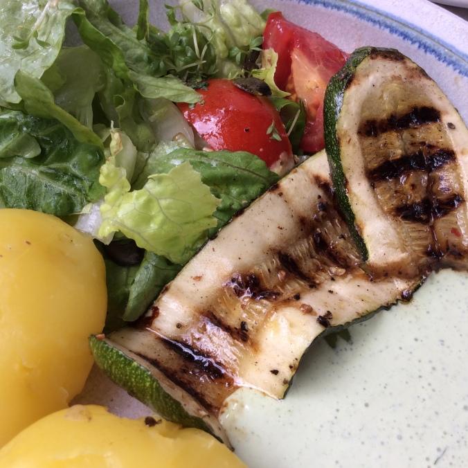 Forelle,Salat,Zucchini -25.8.15   (10)