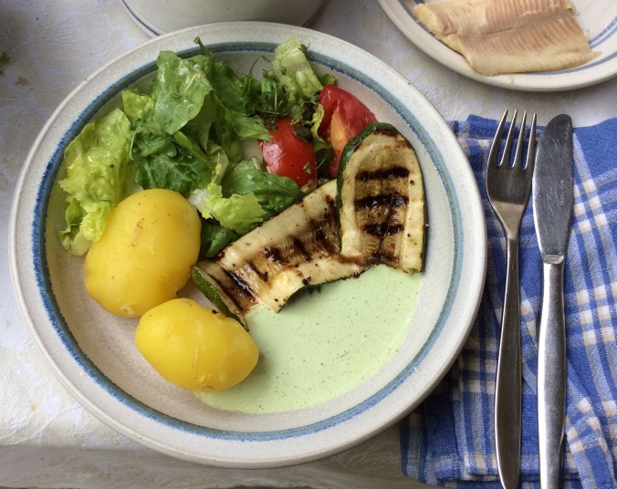 Forelle,Salat,Zucchini -25.8.15   (9)