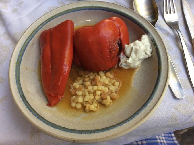 Gefüllte Paprika  - 24.8.^5   (10)