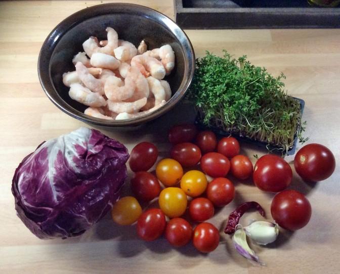 Selbstgemachte Nudeln,Costa Prawns,Salat, - 27.10.15 (1aa) (2)