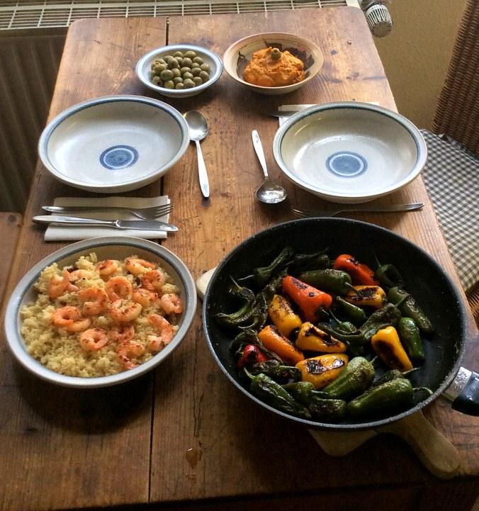 Pimientos,Kürbiscreme,Couscous,Pacific prawns -19.11.15   (1b)