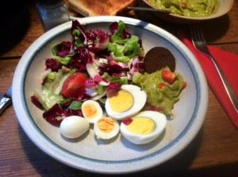Salat,Guacamole,Wachtelei -31.12.15 (10)