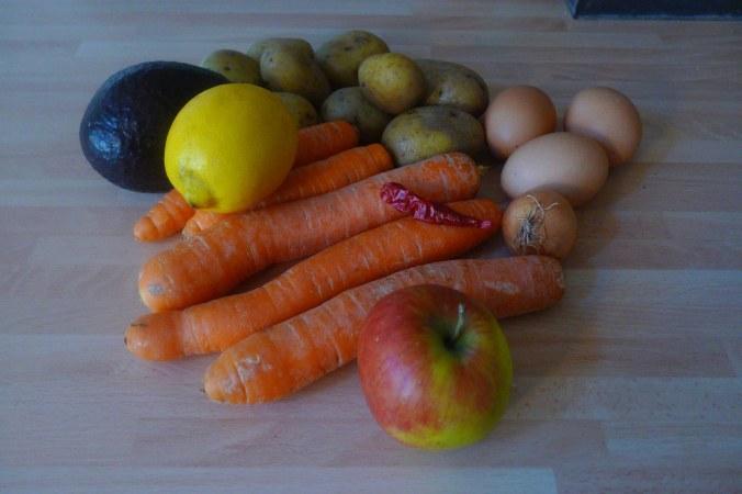 29.1.16 - Bratkartoffeln,Spiegelei,Möhrensalat,vegetarisch (1a)