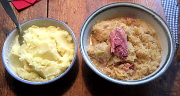 16.2.16 - Sauerkraut,Kartoffelbrei,Schweinshaxe (3)