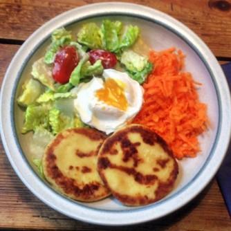 23.2.16 - Kartoffeltaler,Salate,pochiertes Ei,vegetarisch (15)