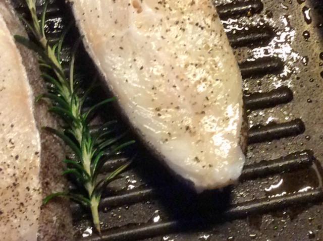 28.2.26 - Schwarzer Heilbutt,Kartoffelsalat   (10)