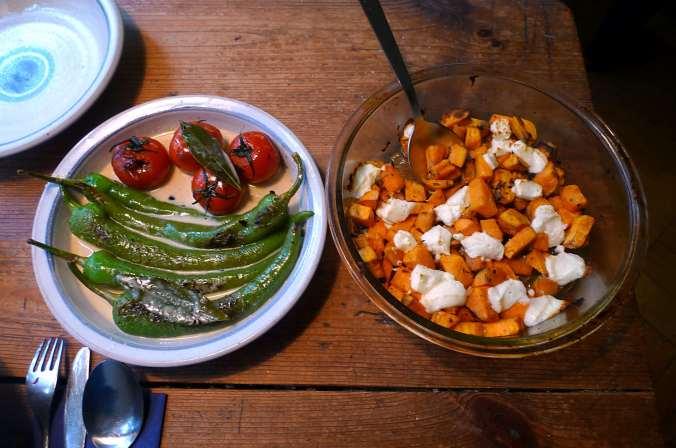 5.2.16 - Gemüse,gebackene Süßkartoffel,Rote Betesalat    (2)