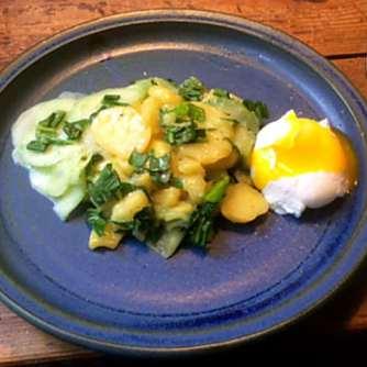 20.3.16 - Kartoffelsalat,pchiertes Ei,Quitten Dessert,vegetarisch (13)