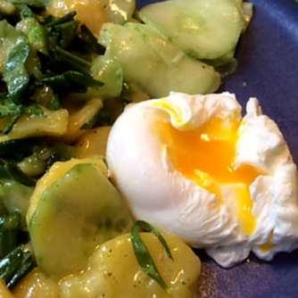 20.3.16 - Kartoffelsalat,pchiertes Ei,Quitten Dessert,vegetarisch (16)