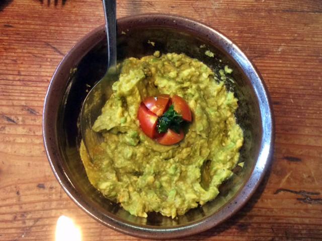 3.3.16 - Gebratener Feta,Feldsalat,Guacamole,vegetarisch (7)