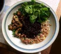 27.4.16 - Schwarzer Reis,Sauce,Feldsalat,Dessert (14)