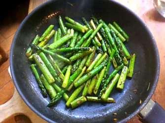 29.4.16 - Kartoffelgratin,grüner Spargel,Fenchelsalat (17)