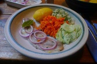 26.5.16 - Hering,Salate,Dessert,prscetarisch (11)