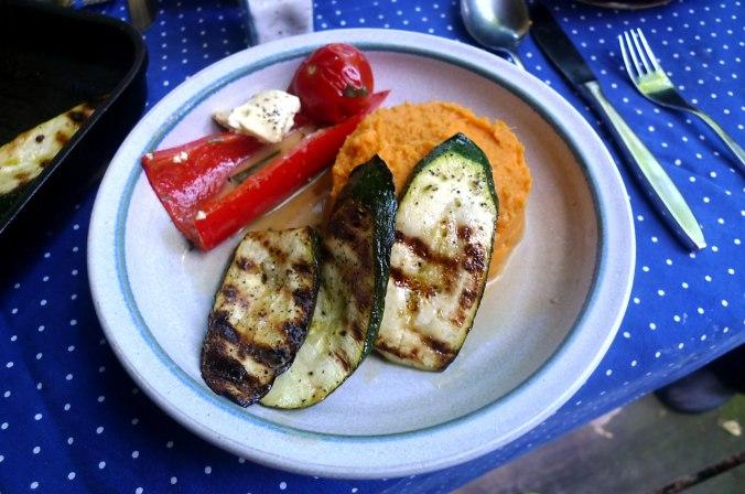 31.5.16 - Paprikapfanne,Zucchini,Süßkartoffelstampf (1)