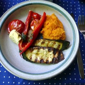 31.5.16 - Paprikapfanne,Zucchini,Süßkartoffelstampf (12)
