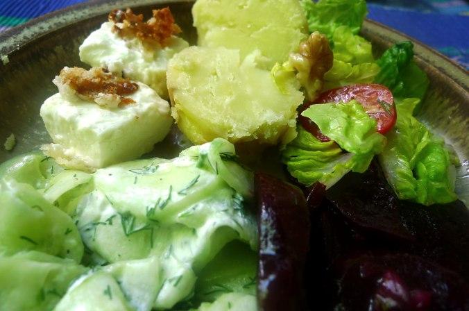 20.6.16 - Salate,Feta,Kartoffeln,Dessert (12)
