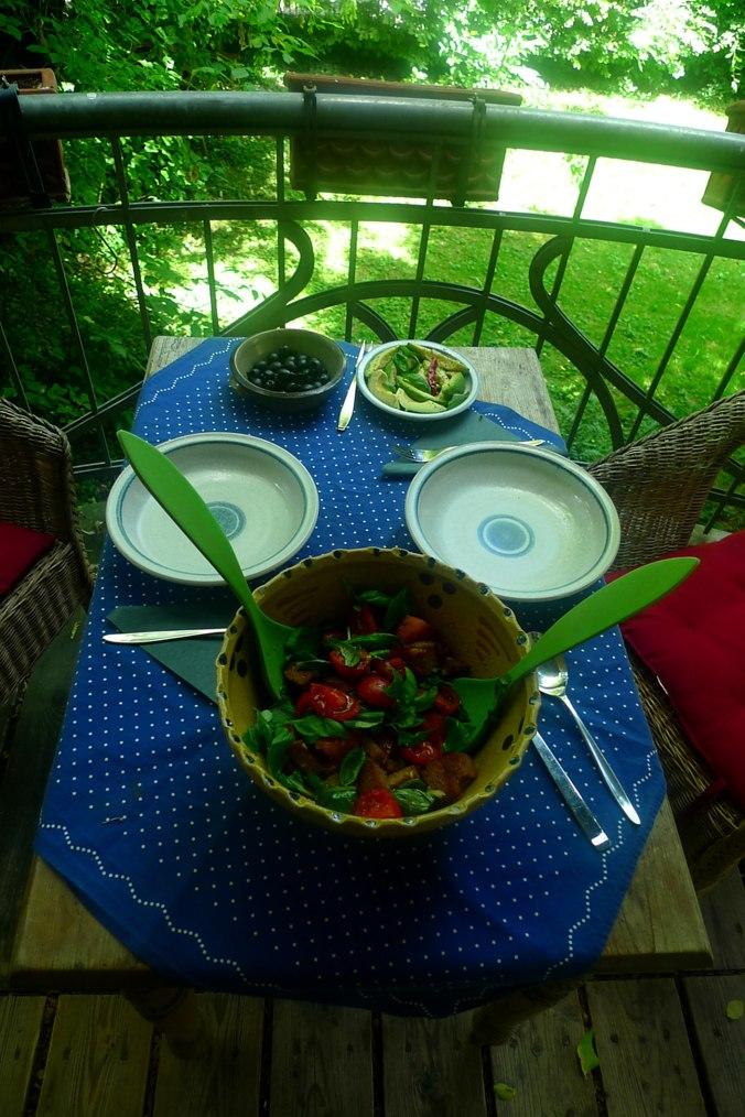 27.6.16 - Panzanella,Brotsalat,Tomatenbrotsalat,vegan (7)
