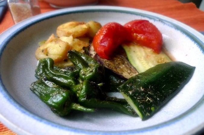 30.6.16 - Ofengemüse,Pimientos,Bratkartoffeln (3)